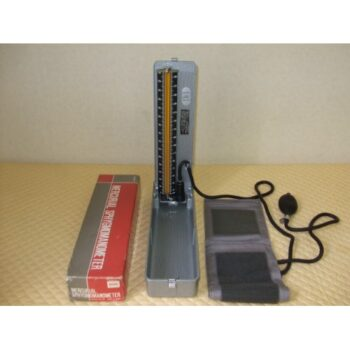 BLOOD PRESSURE MONITOR MERCURIAL MODEL-600 YAMASU JAPAN